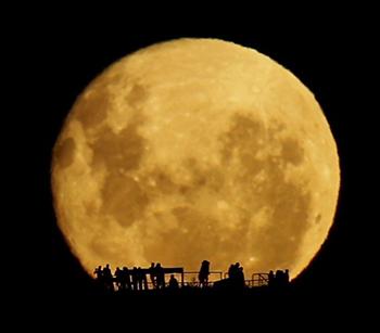 MoonrisemarkgBLOG